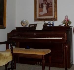 orbs at piano